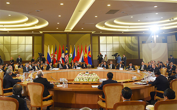 asean russia leaders underline importance of international law in east sea