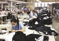 textiles exports manage to achieve us 30 billion in 2017