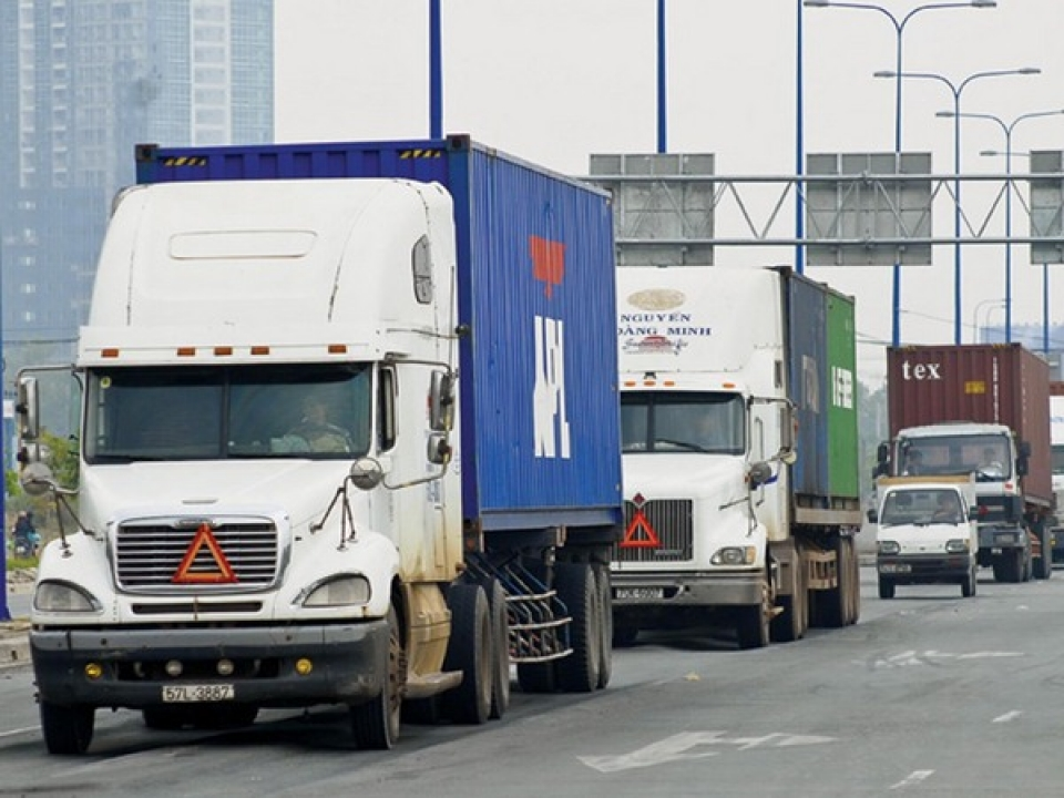 the business conditions cause trouble for the logistic enterprises