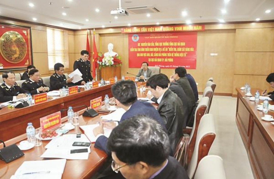 director of hai phong customs department nguyen tien loc breakthrough in customs management and trade facilitation
