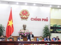 the deputy prime minister mr truong hoa binh the fight against smuggling is not commensurate with reality