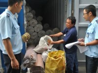 customs officers deal with problems related to decree 15 on food safety