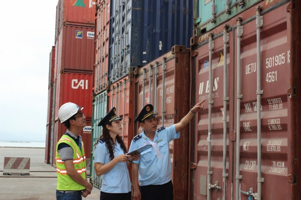 customs revenues in the first half of 2018 optimistic but still worried