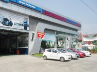 automotive market busy at the end of the year