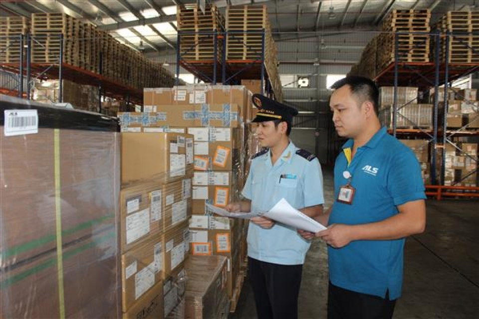 customs collects vnd 67400 billion of tax in the first quarter 2018