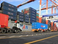 the customs deploys operation at hai phong international container terminal