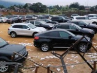 indentifying owner of the consignment 26 automobiles temporary imported for re exported