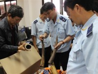 customs detected 353 violations by air