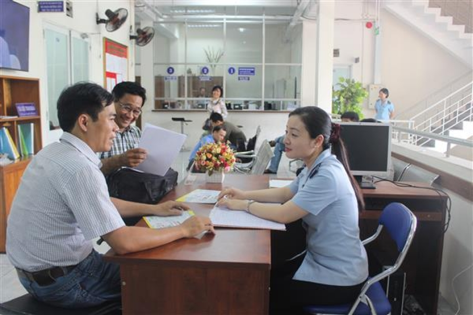 ho chi minh city customs department enhancing the compliance with discipline and rule in performing public service