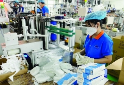 MoF proposes solutions to support export processing enterprises affected by Covid-19 pandemic