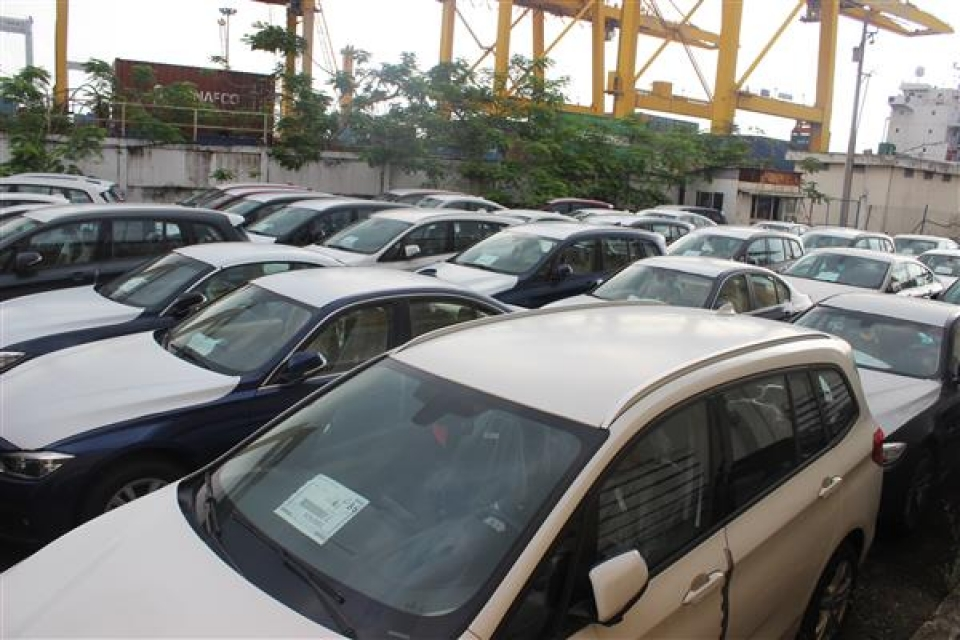 400 bmv cars will be imported to vict in the end of 2017