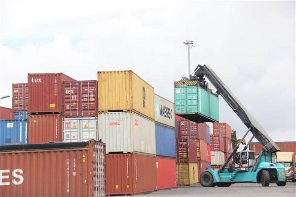 export turnover exceeded the estimate vietnams trade surplus was us 255 billion