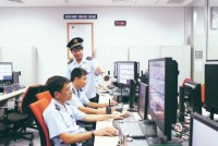 ha noi customs supports businesses in automatic surveillance at airports