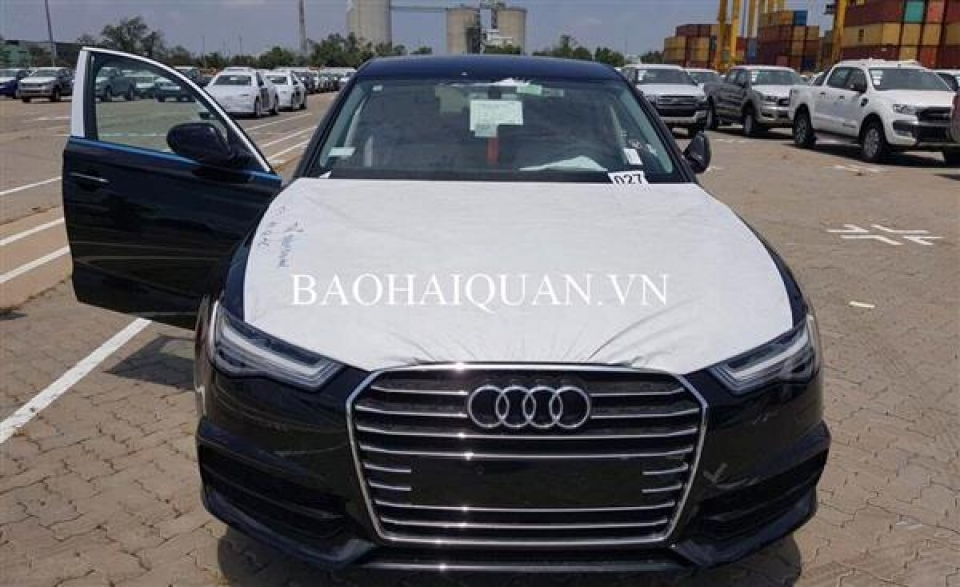 over 450 billion vnd of tax will be collected by the customs from nearly imported 400 audi cars 5326