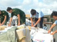 long an customs fight against smuggling in the approaching days of the tet