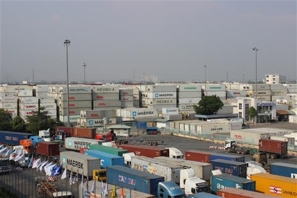 remove obstacles and reduce congestion of goods for cat lai port