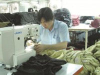 textiles and garments profits do not increase with revenues