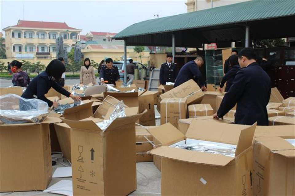 lang son strictly controlling smuggling trade fraud and counterfeit goods in the health sector