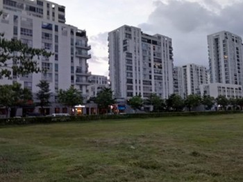 hcmc real estate has many potential risks but the bubble situation may not happen