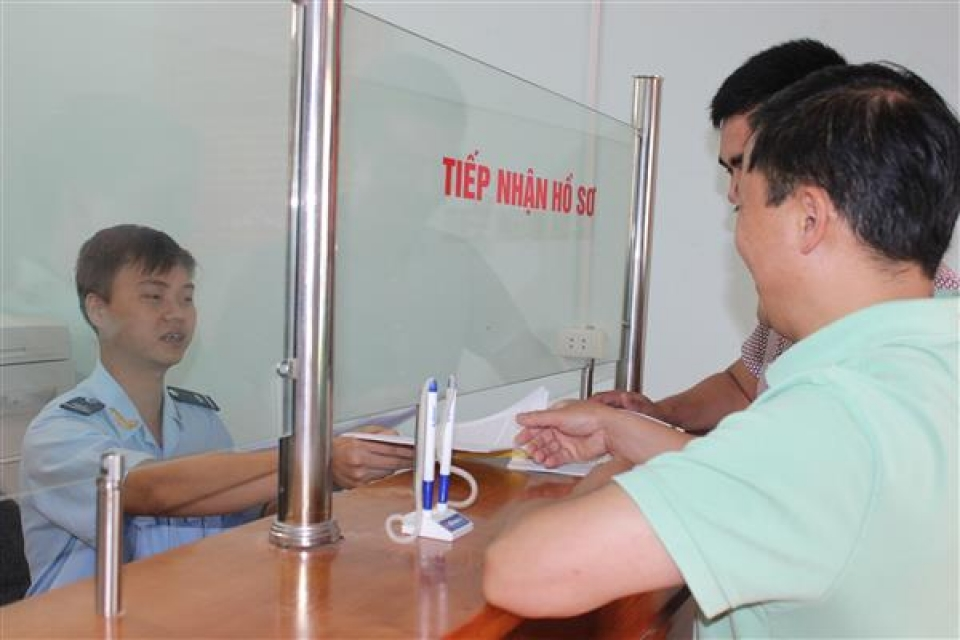 reducing 9 teams under lao cai and ha giang customs branches