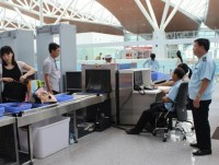 strictly control security at noi bai airport during the apec week