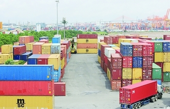 Timely information helps reduce congestion at seaports amid social distancing period