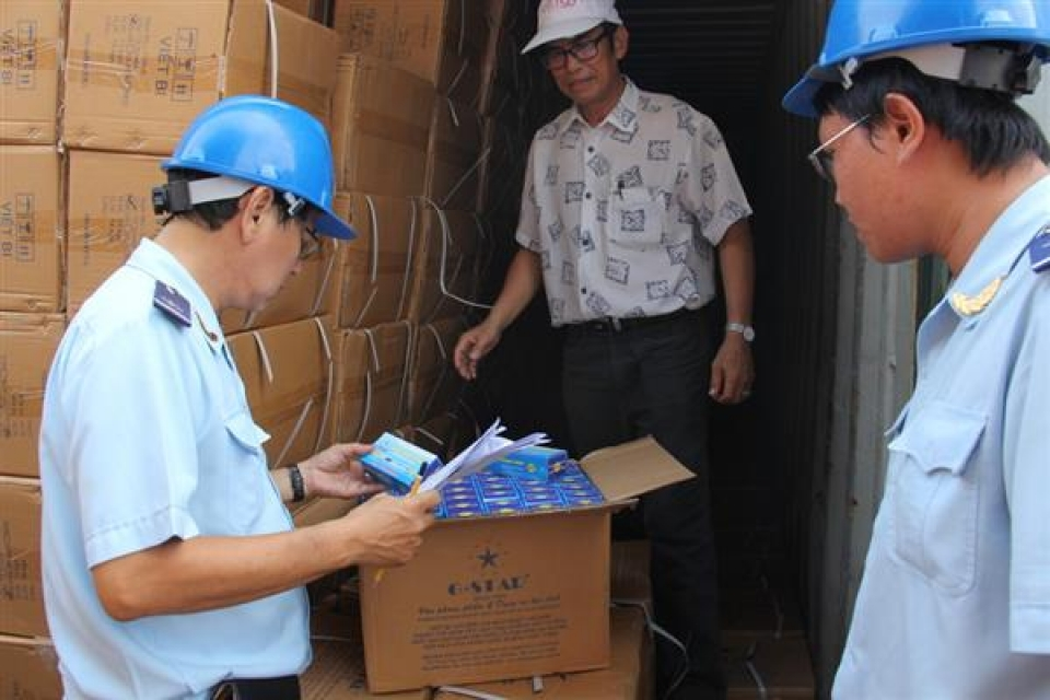 customs enhances the inspection of origin and label from khaisilk case
