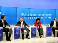 wef davos 2017 brings practical benefits to vietnam official