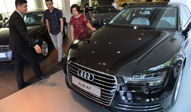 vietnam spends 21bn importing 94000 cars in 2017