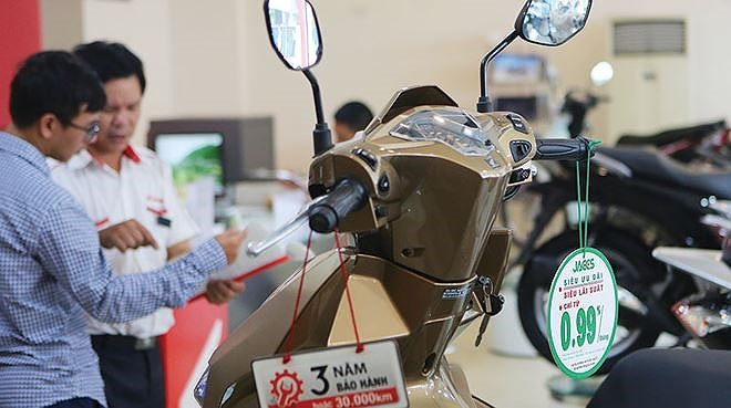 consumer lending in vn surged 65 in 2017