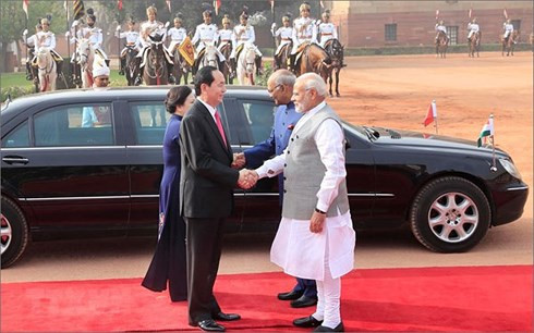 vietnam india further step up all around cooperation