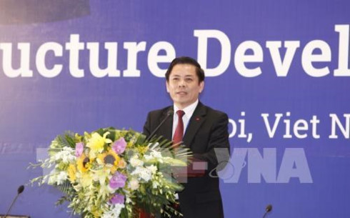 vietnam vows facilitating foreign investment in transport infrastructure development