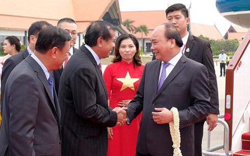 pm phuc arrives in cambodia for third mrc summit