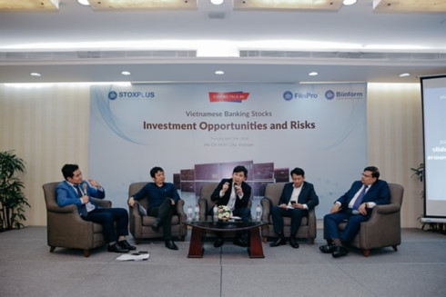 experts banking sector to enjoy another strong year