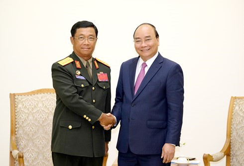 vietnam laos bolster defence cooperation