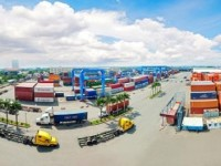 vietnamese logistics firms remain small overpowered by foreign services