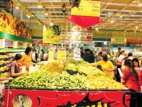 market and supermarket management worry about sub licenses