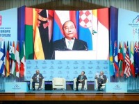 vietnamese pm officiates at asia europe business forum