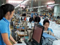 vietnamese clothiers shoemakers eye australia for expansion