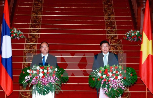 lao pm urges joint efforts to deepen vietnam laos ties