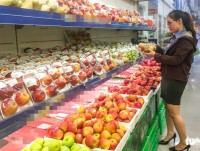 vietnam a transit stop for china bound exports of thai fruit