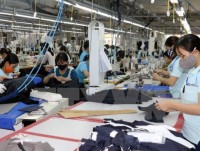 impacts of us china trade war on vietnams garment footwear industries