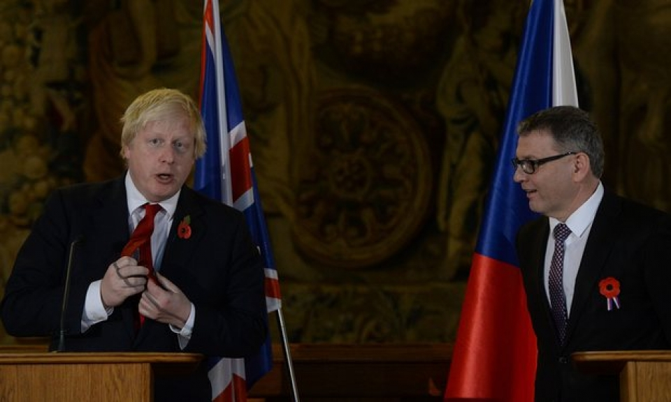 britain probably leaving eu customs union says boris johnson