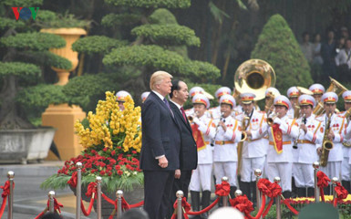 welcoming ceremony for us president in hanoi