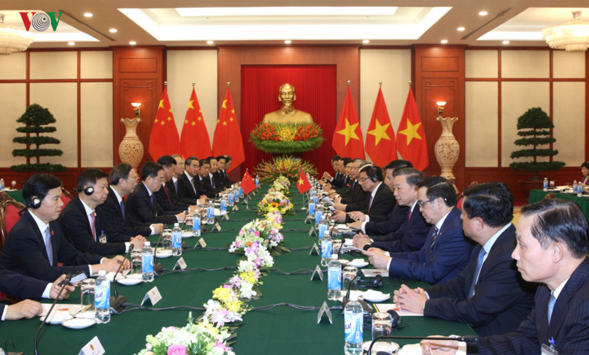 welcoming ceremony for chinese top leader in hanoi