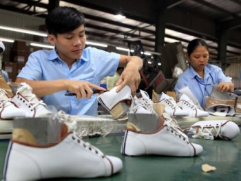 leather footwear industries expand exports to eu