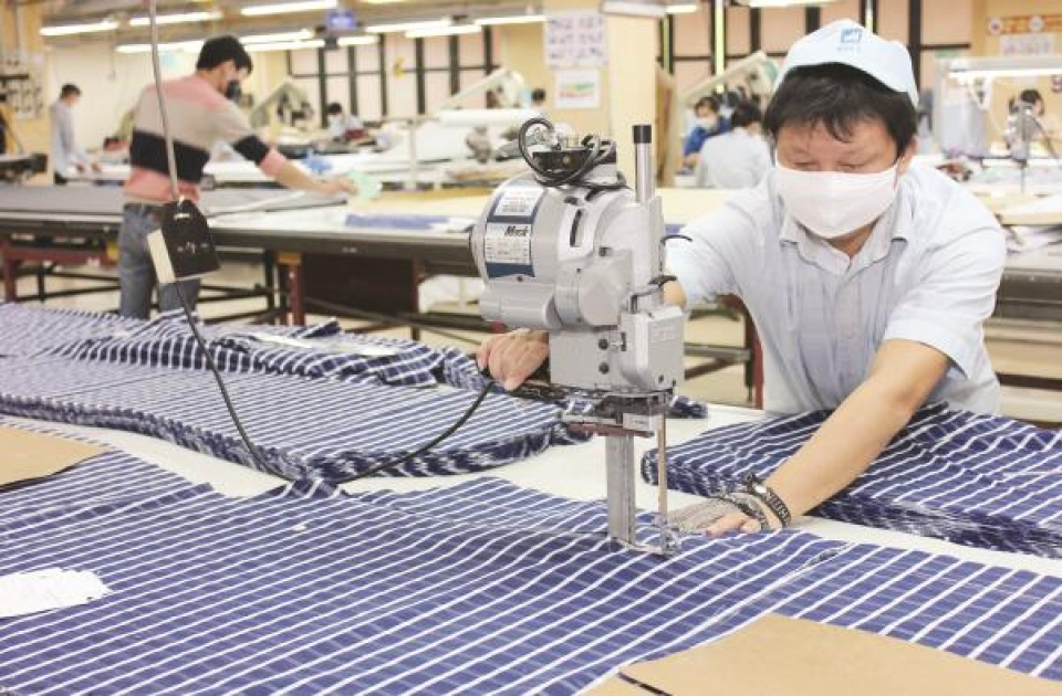textile and garment industry still in a difficult position
