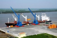 proposing coordination in maritime and customs management at ports
