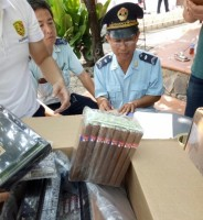 seized illegal shipment of about 8 billion vnd in moc bai border gate
