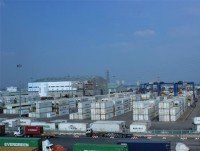 hcm city more than 2200 containers of scrap stuck at seaport